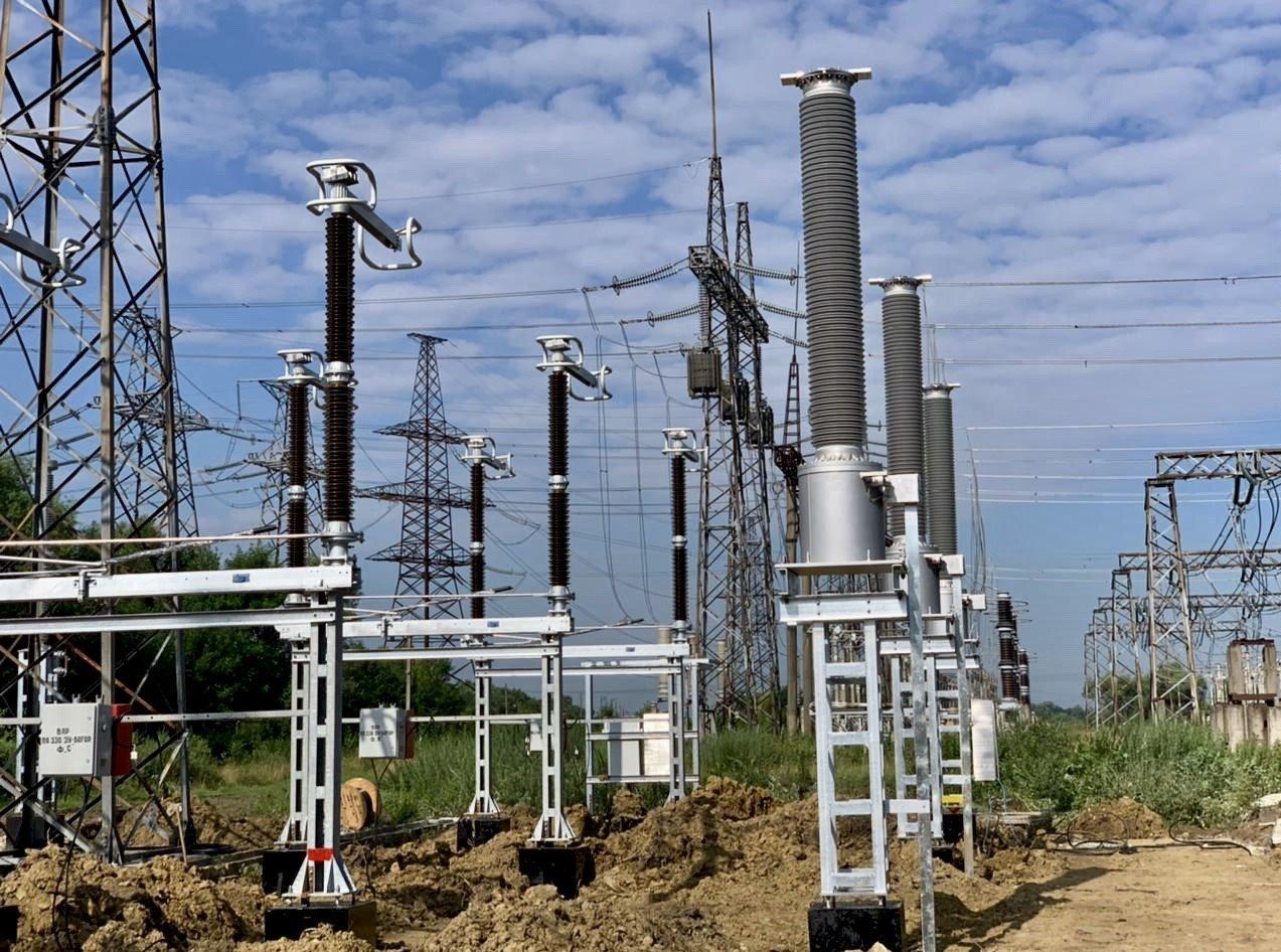 Тривають роботи з реконструкції ПС 750 кВ «Західноукраїнська» та ПС 330 кВ «Богородчани» в рамках реалізації проєкту з Нового будівництва ПЛ 330 кв «Західноукраїнська-Богородчани»