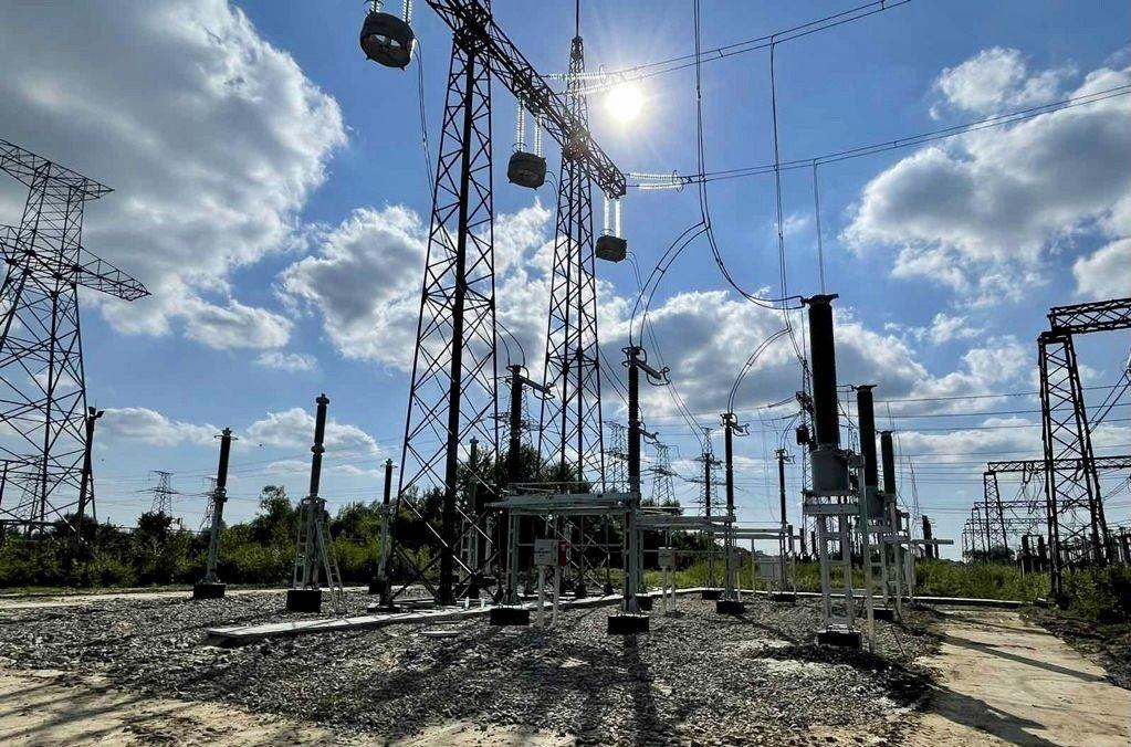 Продолжаются работы по реконструкции ПС 750 кВ «Западноукраинская» в рамках реализации проекта Нового Строительства ВЛ 330 кВ «Западноукраинская-Богородчаны»!