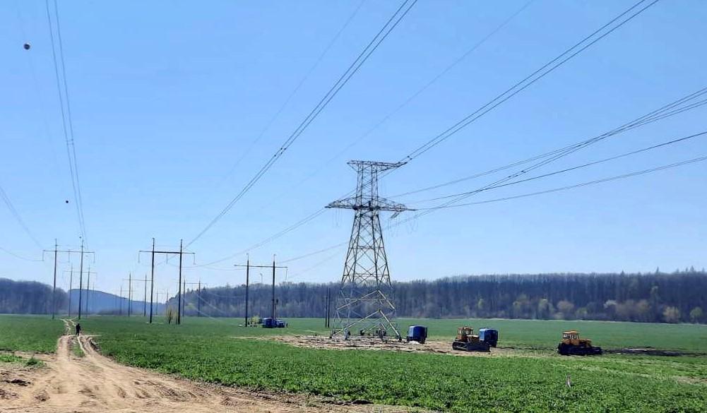 """Проводяться роботи з будівництва ПЛ 330 кВ """"Західноукраїнська-Богородчани""""!"""