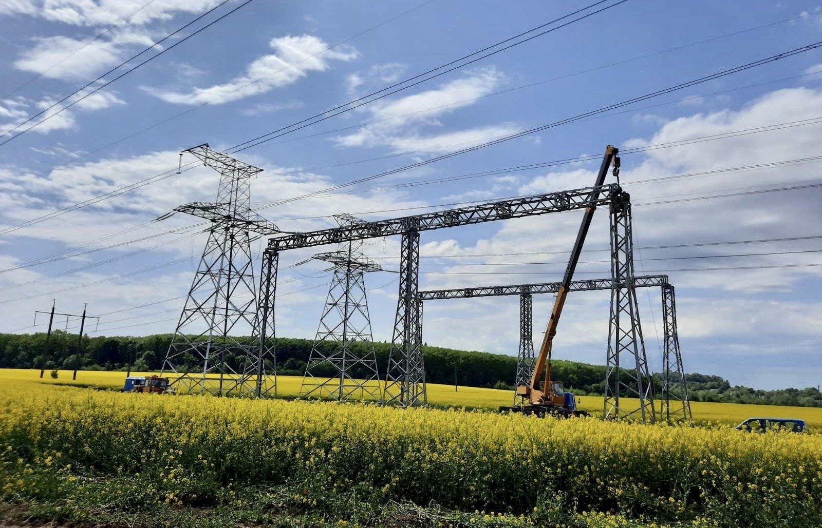Тривають роботи з будівництва ПЛ 330 кВ «Західноукраїнська – Богородчани»!